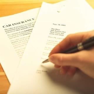 Letra chica en los contratos: ¿cuál es el límite?