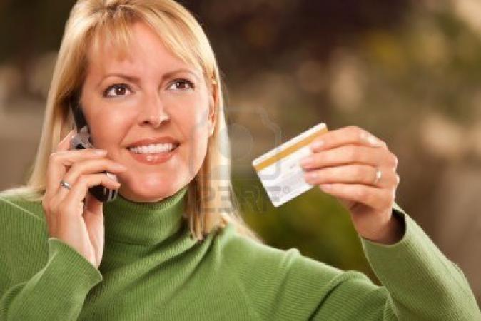 Evitar adquirir tarjetas de créditos por vía telefónica