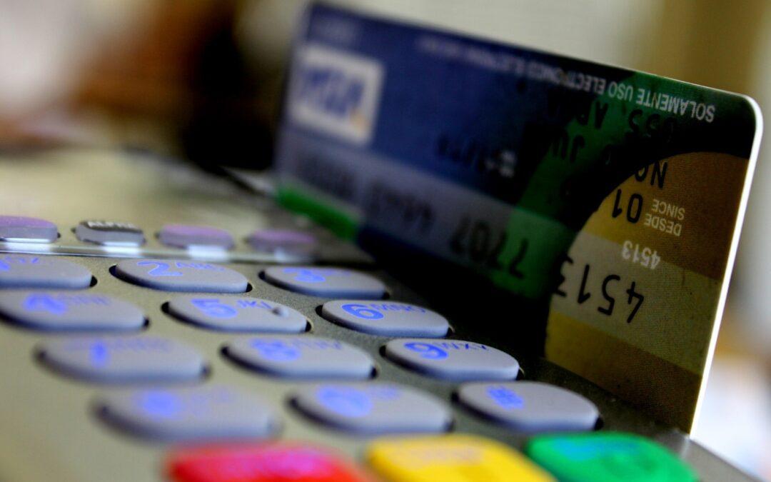 Alerta: Virus infecta tarjetas de crédito y puede generar daños a los consumidores argentinos
