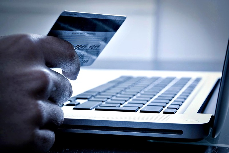 Consejos para evitar estafas en una nueva edición del CyberMonday