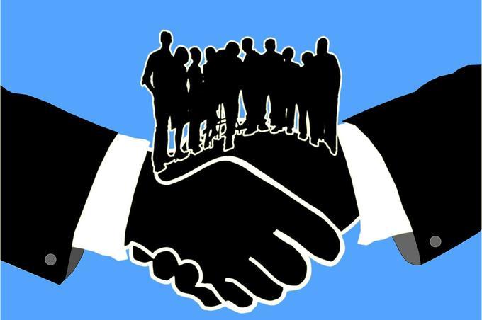 UCU logra histórico acuerdo colectivo para defender a cientos de clientes demandados por sumas incausadas.
