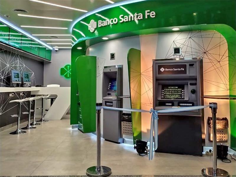 Qualia y el Nuevo Banco de Santa Fe, denunciados por imposicion de seguros